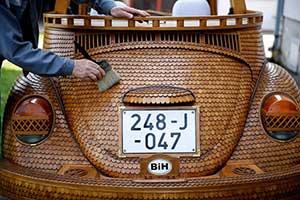 wooden_car